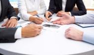 Conselheiros, Diretores e Membros do COMIN se reúnem com consultores na FACEPI